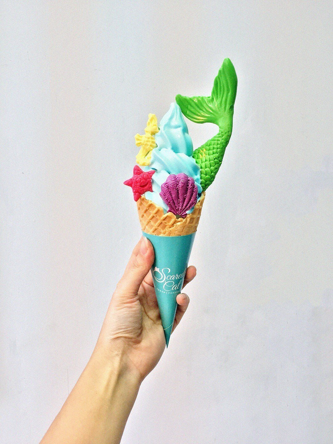 Mermeid Soft Serve at Scaredy Cat in Hong Kong